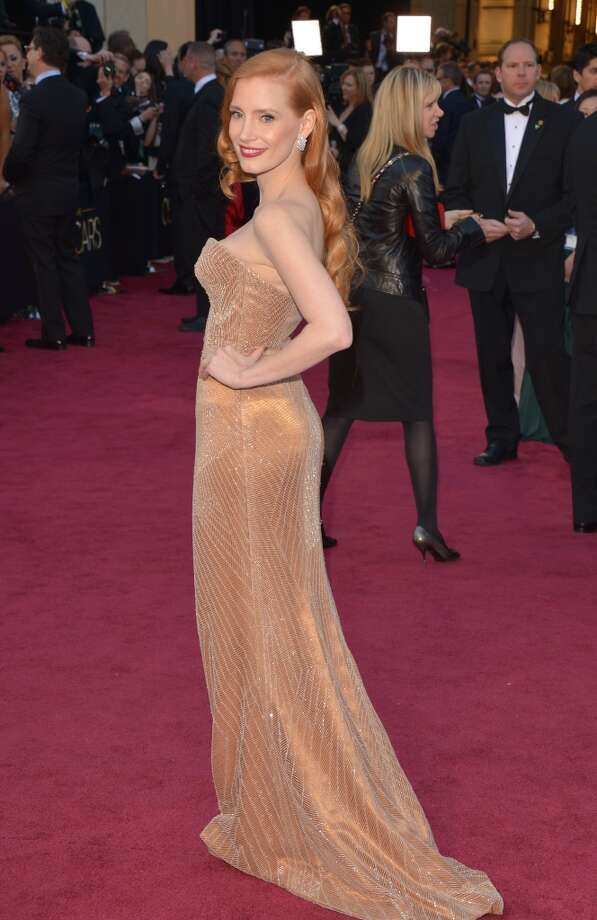 HOLLYWOOD, CA - FEBRUARY 24:  Actress Jessica Chastain arrives at the Oscars at Hollywood & Highland Center on February 24, 2013 in Hollywood, California.  (Photo by Lester Cohen/WireImage)