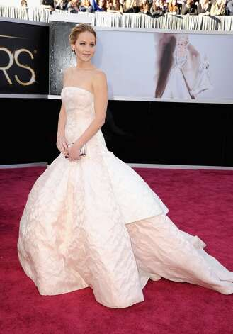 HOLLYWOOD, CA - FEBRUARY 24:  Actress Jennifer Lawrence arrives at the Oscars held at Hollywood & Highland Center on February 24, 2013 in Hollywood, California.  (Photo by Steve Granitz/WireImage)