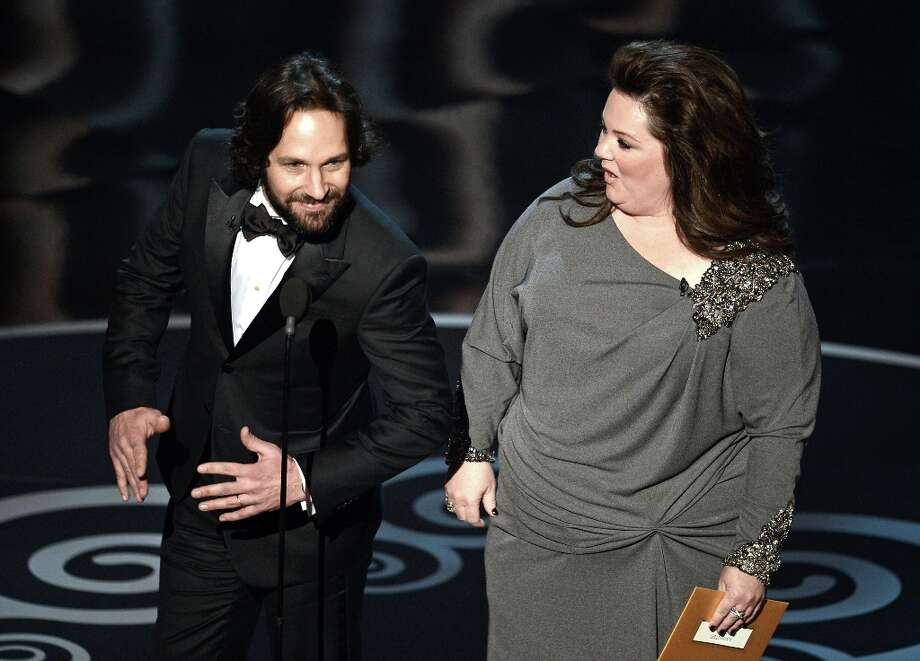 Actor Paul Rudd and actress Melissa McCarthy present onstage during the Oscars held at the Dolby Theatre on February 24, 2013 in Hollywood, California. Photo: Kevin Winter, Getty Images / 2013 Getty Images