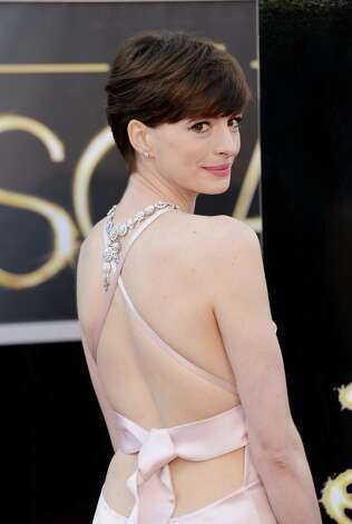 Anne Hathaway in  Prada Photo: Jason Merritt, Staff / 2013 Getty Images