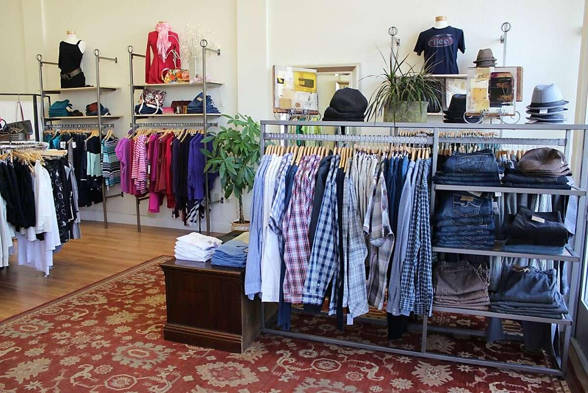 Lilac Dress Boutique, Alameda