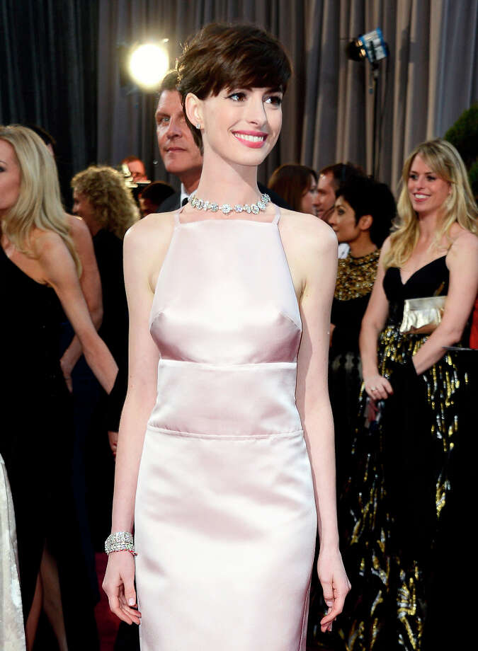 Actress Anne Hathaway arrives at the Oscars at Hollywood & Highland Center on February 24, 2013 in Hollywood, California. Photo: Frazer Harrison, Getty Images / 2013 Getty Images