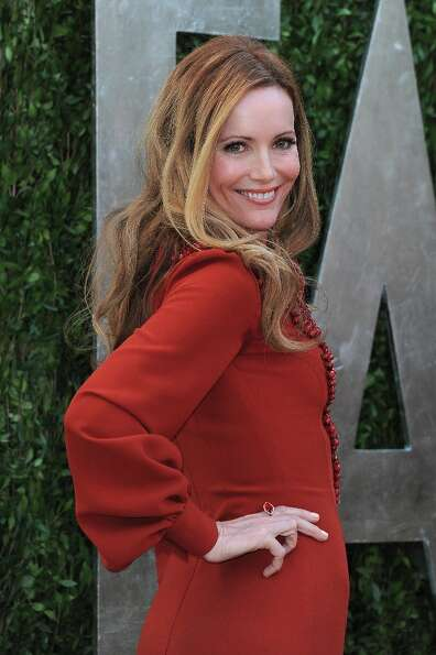 Actress Leslie Mann arrives at the 2013 Vanity Fair Oscar Party hosted by Graydon Carter at Sunset T