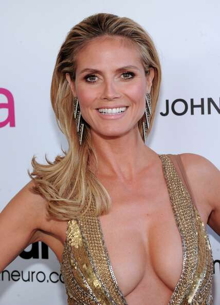 Model Heidi Klum attends the 21st Annual Elton John AIDS Foundation Academy Awards Viewing Party at