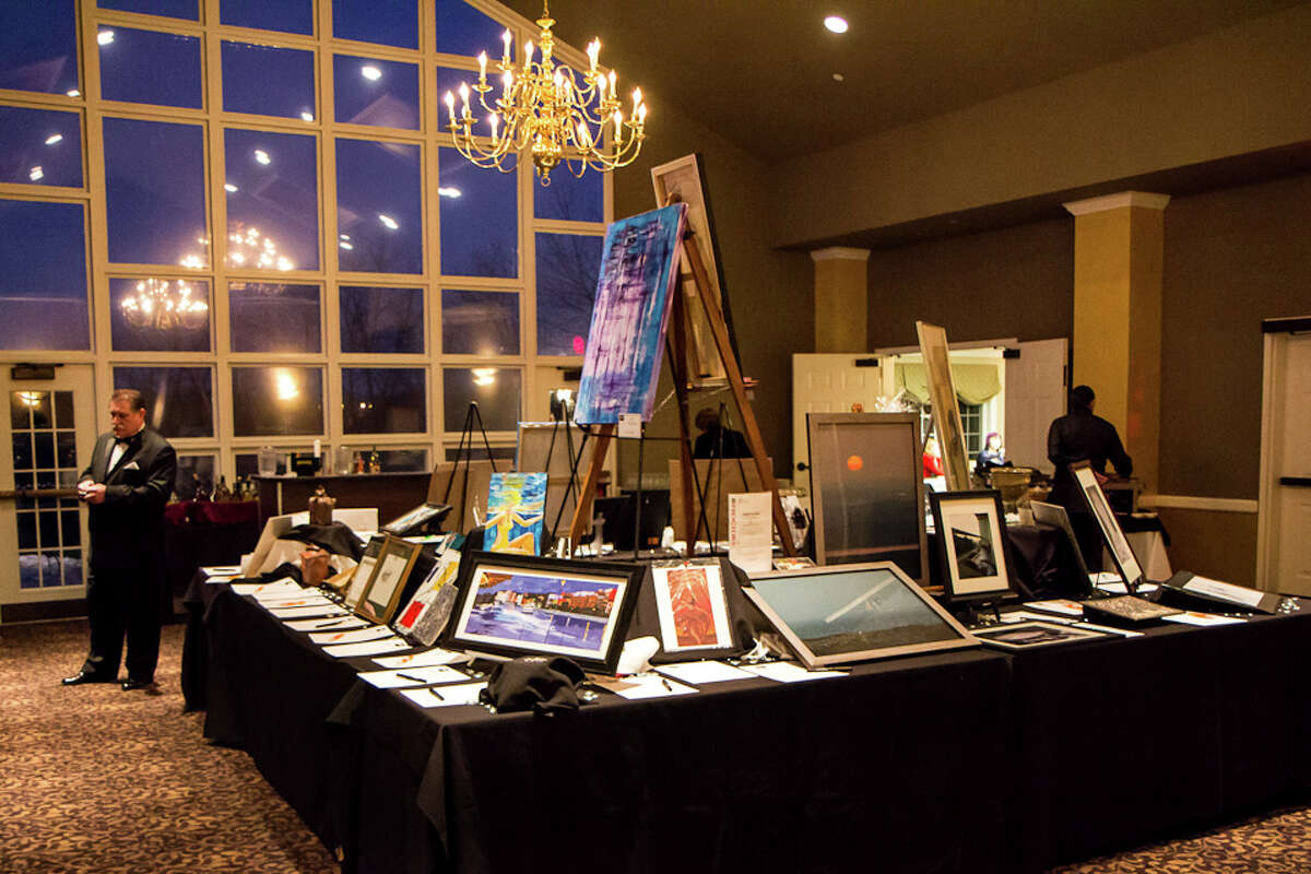 Were you Seen at the Upstate Artists Guild's 2nd Annual Black & White Gala at the Normanside Country Club in Delmar on Saturday, February 23, 2013?
