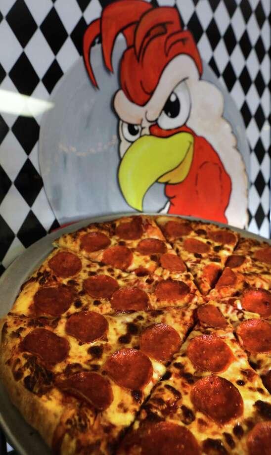 Gallo Pizzeria: 164 Castroville Road at Southwest 21st Street, 210-264-0077. Visit gallopizzeria.com Photo: Bob Owen, San Antonio Express-News / © 2012 San Antonio Express-News