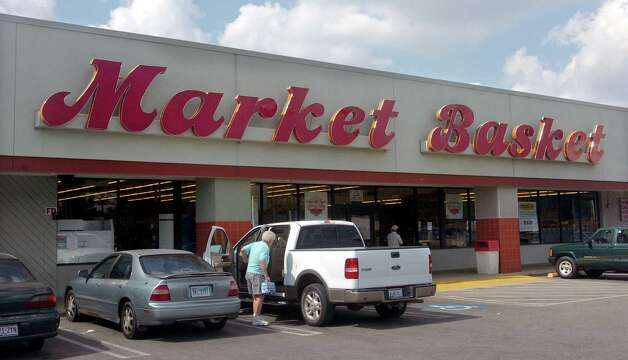 Market Basket -- all over Southeast Texas. A staple for groceries for generations.   Pete Churton/The Enterprise Photo: Pete Churton