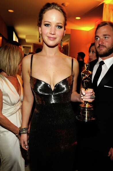 Jennifer Lawrence attends the 2013 Vanity Fair Oscar Party hosted by Graydon Carter at Sunset Tower