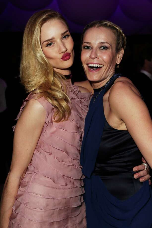 Model Rosie Huntington-Whiteley (L) and TV host Chelsea Handler attend the 2013 Vanity Fair Oscar Party hosted by Graydon Carter at Sunset Tower on February 24, 2013 in West Hollywood, California. Photo: Jeff Vespa/VF13, WireImage / 2013 Jeff Vespa/VF13