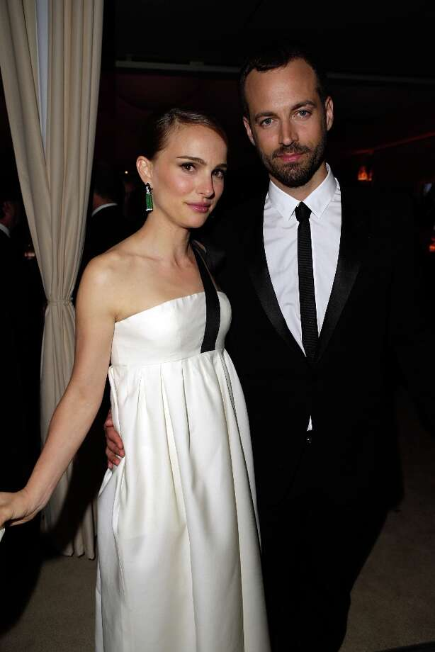 Actress Natalie Portman (L) and choreographer Benjamin Millepied attend the 2013 Vanity Fair Oscar Party hosted by Graydon Carter at Sunset Tower on February 24, 2013 in West Hollywood, California. Photo: Jeff Vespa/VF13, WireImage / 2013 Jeff Vespa/VF13