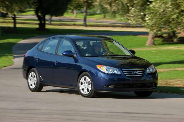 Compact Sedan: 2005-2010 Hyundai Elantra