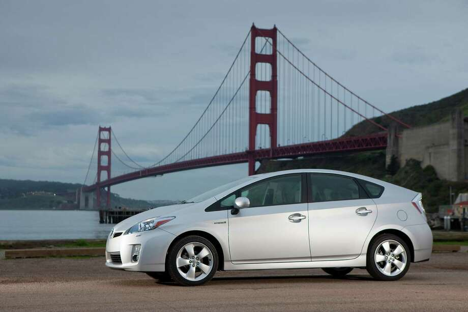 Hybrid: 2005-2010 Toyota Prius Photo: David Dewhurst, Toyota / Copyright 2008 Dewhurst Photography All Rights Reserved