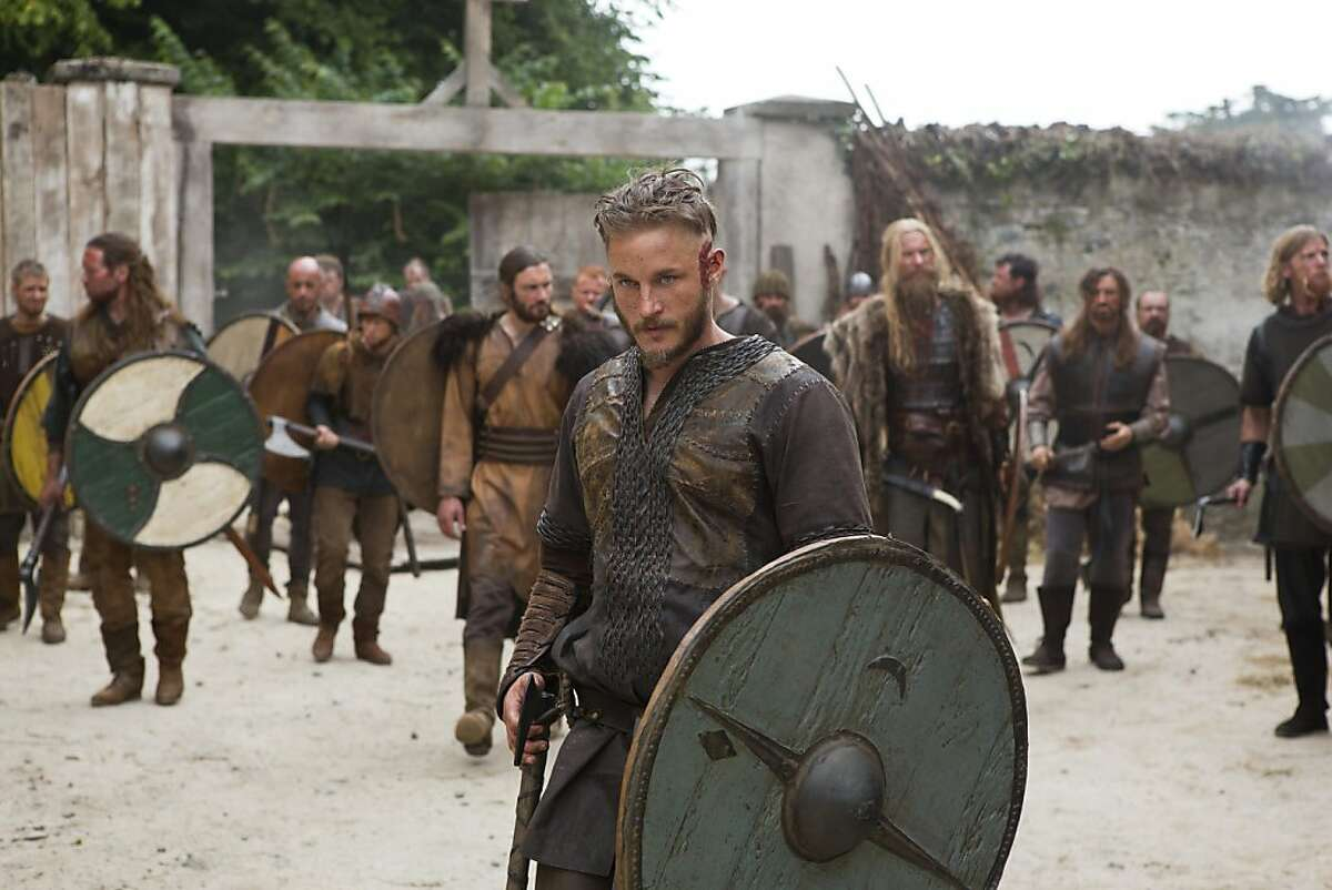 Ragnar Lothbrok (Travis Fimmel) prepared to lead his crew on their journey to the west