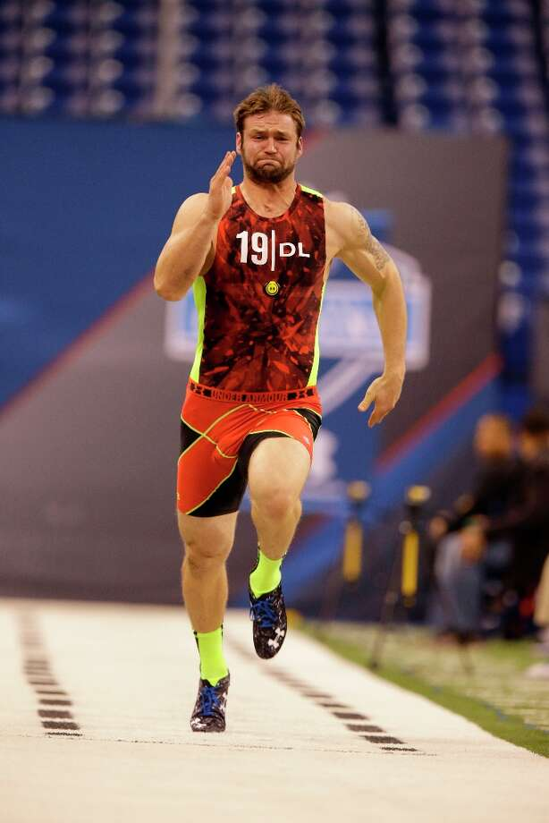 SMU defensive lineman Margus Hunt runs the 40-yard dash. Photo: Michael Conroy