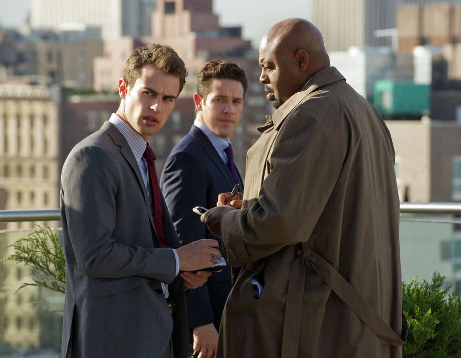 """Pilot"" -- (left to right) Clark (Theo James), Arroyo (Kevin Alejandro) and Owen (Chi McBride) work a case in the new CBS drama GOLDEN BOY. GOLDEN BOY. Photo: David M. Russell, Handout / ONLINE_YES"