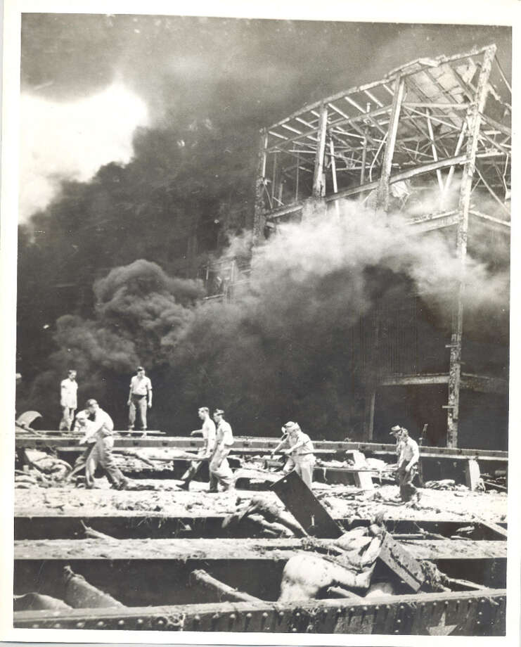 Texas City explosion, April 16, 1947. Photo: Caroline Valenta : Post File / email from John Gonzales