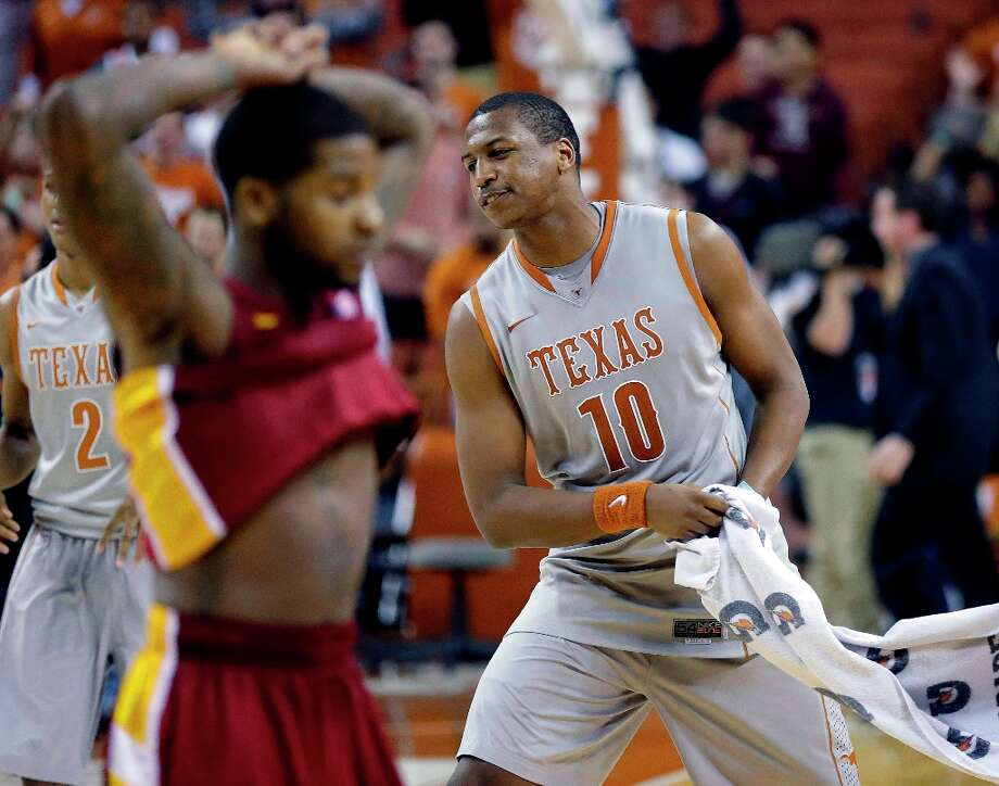 Not:  Texas F Jonathan Holmes, who has missed his last seven field-goal attempts over his last two-plus games. Holmes is averaging 2.6 points per game and shooting 7.7 percent from the field during that period. Photo: Eric Gay, Associated Press / AP