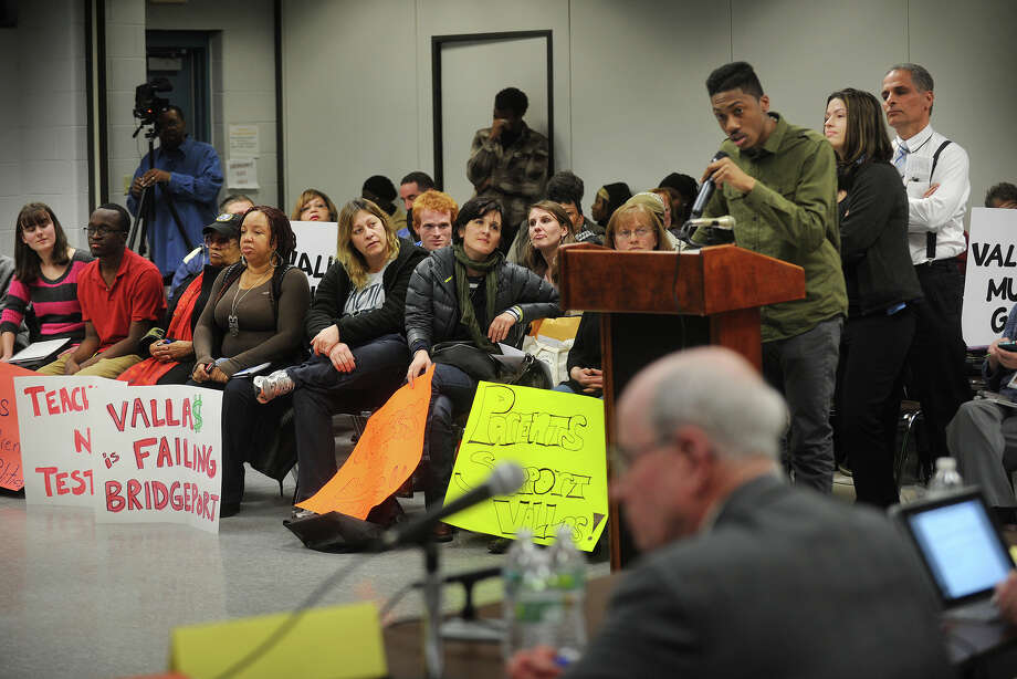 Students, parents, and teachers line up to speak before the Bridgeport Board of Education meeting at the Aquaculture School in Bridgeport on Monday, February 25, 2013. Many sat with signs either supporting, or criticizing, Supt. of Schools Paul Vallas. Photo: Brian A. Pounds / Connecticut Post