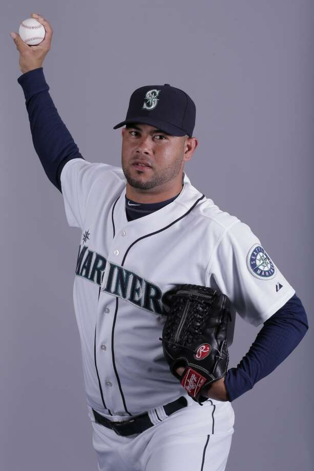 Jhonny Nunez | 52 | right-handed pitcher (non-roster invitee)Age: 27 | Birthplace: San Jose de las Matas, Dominican RepublicFun fact: Has been in six MLB organizations now (Dodgers, Nationals, Yankees, White Sox, Rays and Mariners), but has only two major-league appearances.