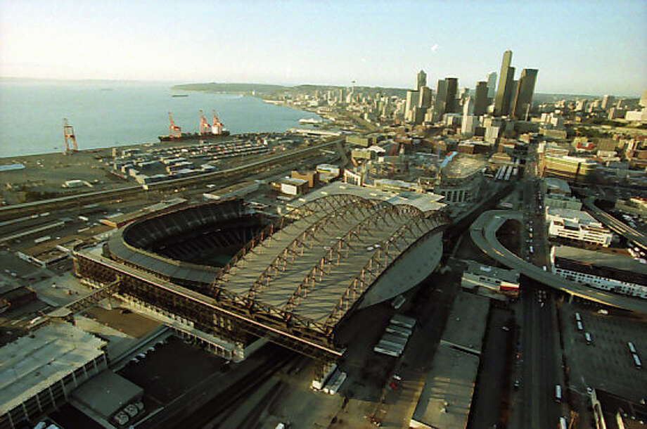 Here's what Safeco Field looked like on Feb. 28, 2001, the day of the Nisqually earthquake. Photo: Meryl Schenker/MOHAI Seattle Post-Intelligencer Collection/seattlepi.com File