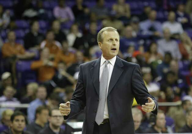 Coach Rick Barnes took UT basketball to a new level with recruits such as T.J. Ford, but staying there has been tough. Photo: L.M. Otero / Associated Press