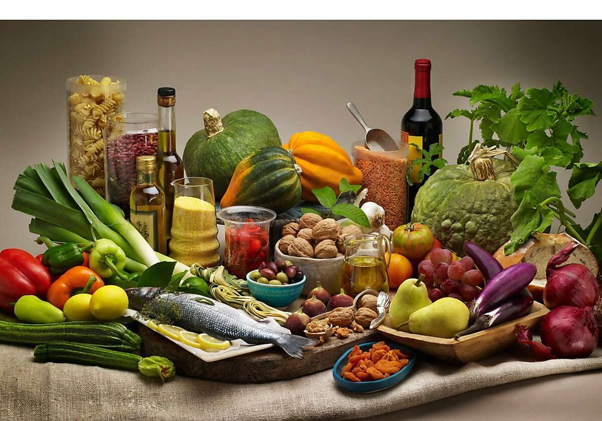 The secret to a younger, healthier brain may be following the Mediterranean diet, according to new research by the journal Neurology.