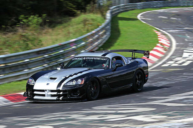 93. Dodge Viper (1990–2010)
