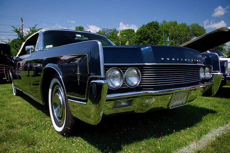 68. Lincoln Continental (1961–1969) 