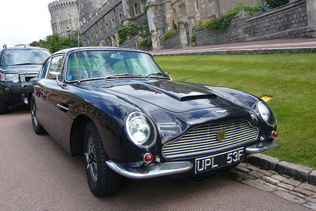 60. Aston Martin DB6 (1965–1971) 
