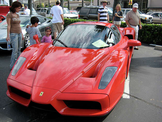 44. Ferrari Enzo (2002–2004) 