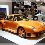 35. Porsche 959 (1986–1989) 