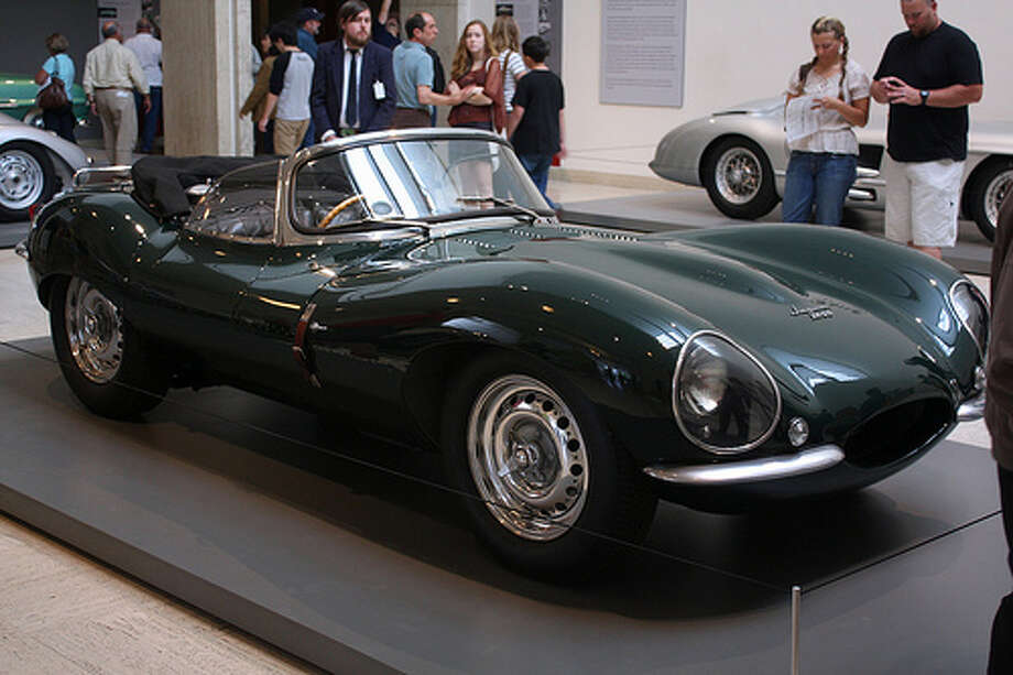 34. Jaguar XKSS (1957) 