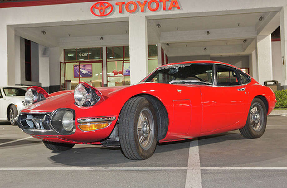 32. Toyota 2000GT (1967–1970) 