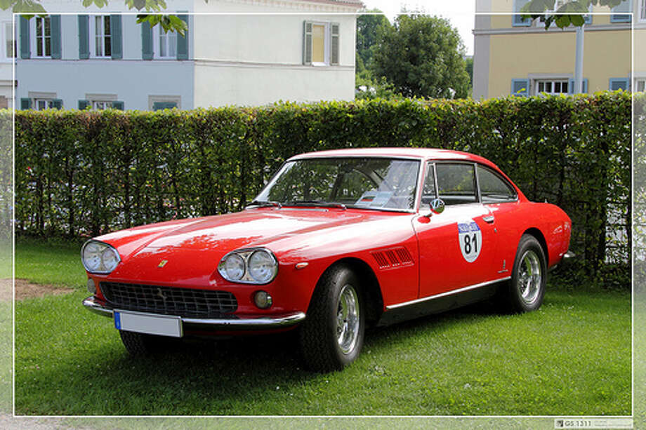 31. Ferrari America (1964–1966) What Popular Mechanics said: The America models marked the top of the Ferrari range of sports cars. Favorite variants are the 410 Superamerica and the 500 Superfast, as well as the shapely 375. (Photo: George Schwalbach, Flickr)Source: Popular Mechanics Photo: Flickr