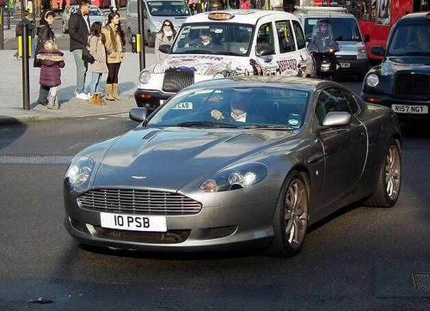 15. Aston Martin DB9 (2004–2011) 