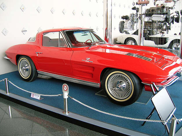 7. Chevrolet Corvette (1963–1967) 