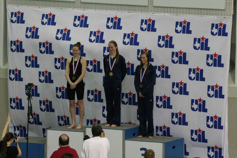 4A 100-yard freestyle championShayne Gregson (center), Tomball Memorial Photo: Courtesy Gregson Family