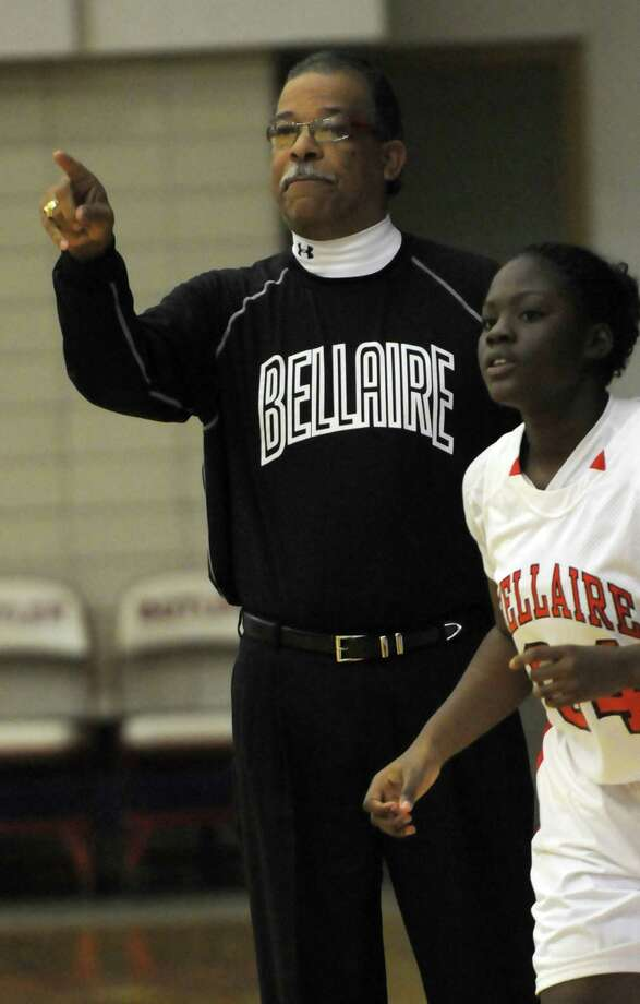 Outgoing Bellaire girls basketball coach Michael Kramer leaves a Cardinal program fundamentally altered from the one he inherited in 1995 after turning them into perennial contenders. Photo: Kim Christensen, Freelance / Freelance