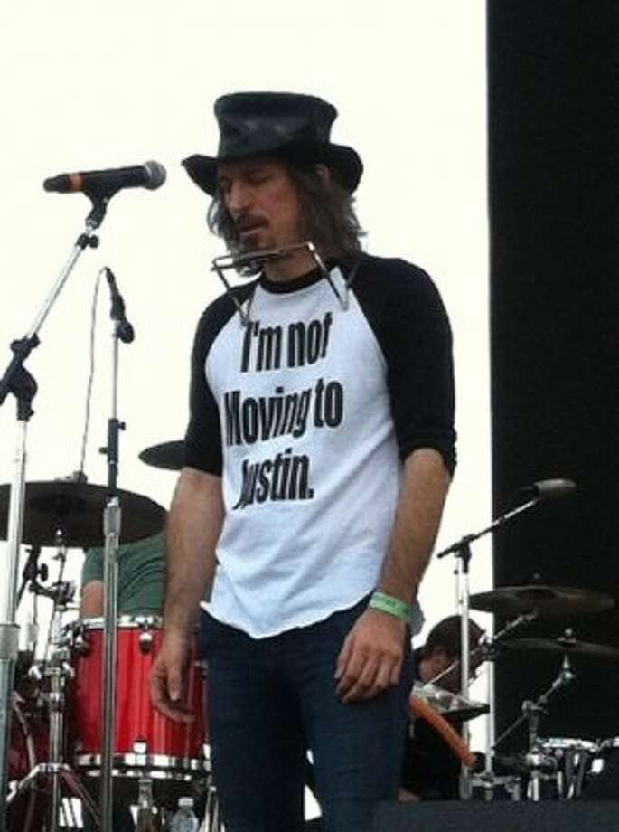 This T-shirt is acceptable anywhere, anytime, but especially at ACL.  Photo by Andrew Dansby Photo: Houston Chronicle