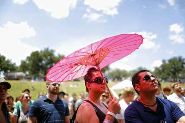 Bring your own shade. (Todd Spoth / For The Chronicle) Photo: Houston Chronicle