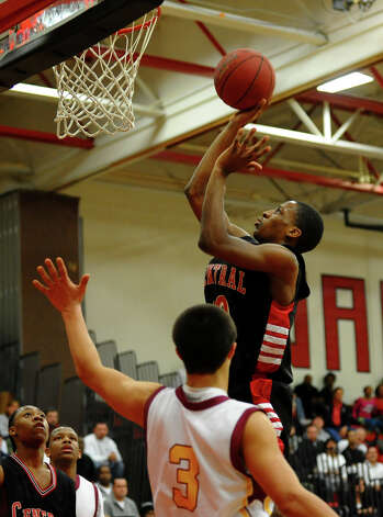 Central's #10 ShaQuan Bretoux looks for two points, during FCIAC boys basketball semifinals action against St. Joseph in Fairfield, Conn. on Tuesday February 26, 2013. Photo: Christian Abraham / Connecticut Post