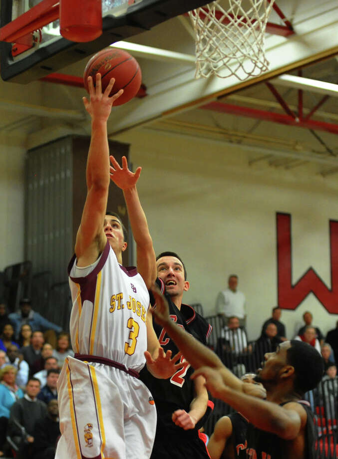 FCIAC boys basketball semifinals action between St. Joseph and Central in Fairfield, Conn. on Tuesday February 26, 2013. Photo: Christian Abraham / Connecticut Post