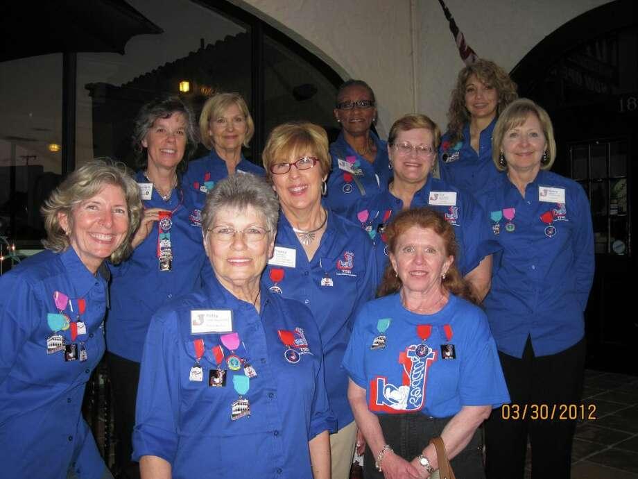 Lasso Alumni Association members at a 2012 fundraiser at Deco Pizzeria. Photo: Courtesy Photo,      Lasso Alumni Association
