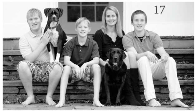 Katherine Snedeker and her family. Photo: Contributed Photo / Julia Arstro