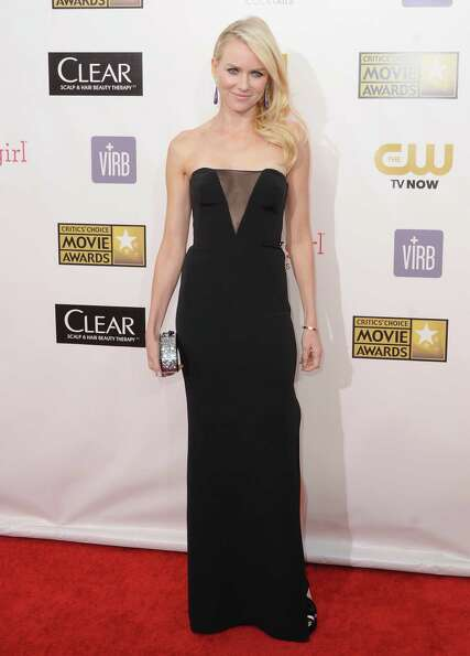 Actress Naomi Watts arrives at the 18th Annual Critics' Choice Movie Awards at Barker Hangar on Janu