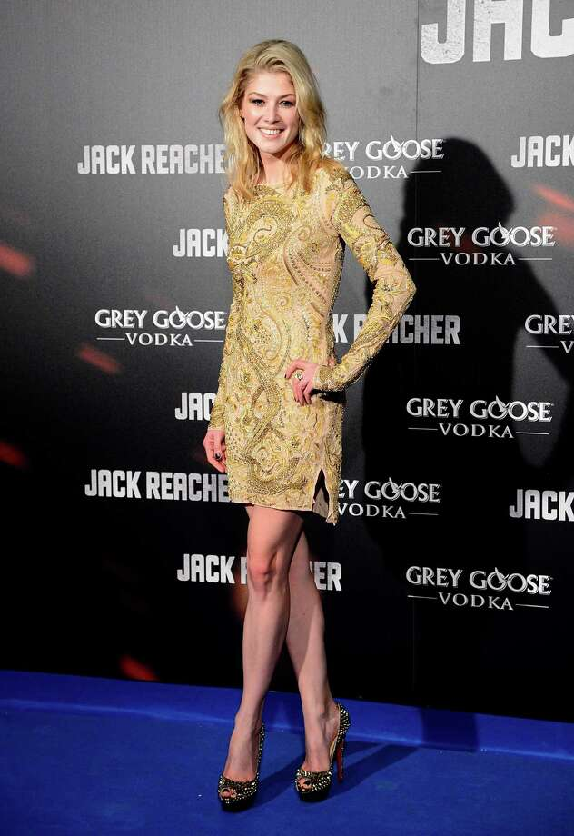Rosamund Pike attends the premiere of 'Jack Reacher' at Callao Cinema on December 13, 2012 in Madrid, Spain. Photo: Fotonoticias, WireImage / 2012 Fotonoticias
