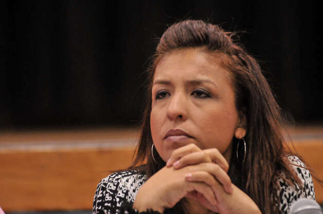 Teresa Ann Moreno during a meeting Tuesday evening at the Lyndon B. Johnson Elementary School. Photo: Robin Jerstad