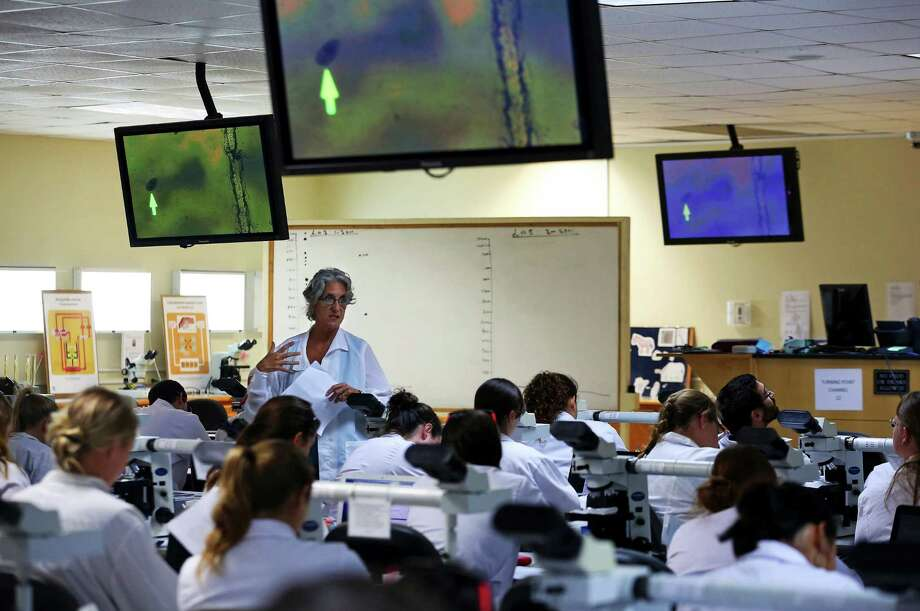 A classroom lab at Ross University School of Veterinary Medicine near Basseterre, St. Kitts, Feb. 19, 2013. While an expected shortage in veterinarians turned into a glut, the demand for veterinary services declined, and the cost of vet school has far outpaced the rate of inflation. Photo: NICOLE BENGIVENO, New York Times / NYTNS