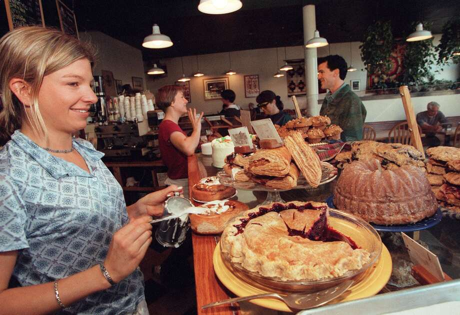 1. Honey Bear Bakery: A longtime beloved Green Lake institution, this coffee shop was known for its pies and cakes. And giant cinnamon rolls. Photo: PHIL H. WEBBER / Seattle Post-Intelligencer
