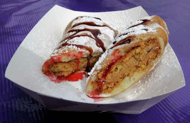The Deep Fried PB&J  S'. Photo: James Nielsen, Staff / © 2013  Houston Chronicle